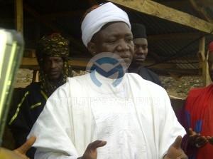 Abuni Mine Site visit by the Emir of Awe HRH (Alh.) Abubakar Umar and Emir of Azara HRH (Dr.) Kabiru Musa Ibrahim:  Emir of Azara addressing the mining community