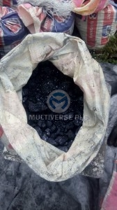 Artisanal miners lead/zinc ore at Abuni